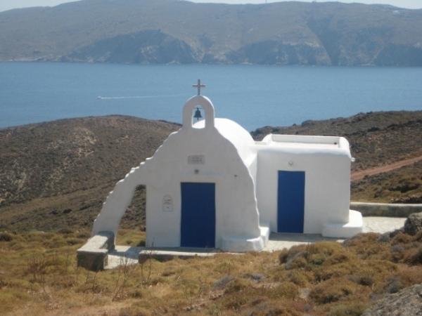 Igreja em Angios Sostis