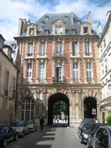 Entrada Place des Vogues