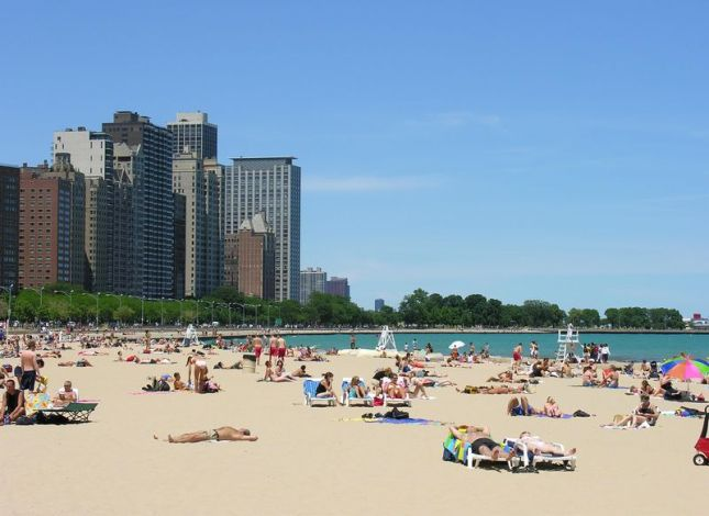 chicago-beach-summer