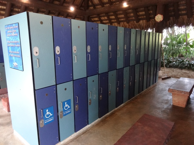 Discovery Cove Lockers