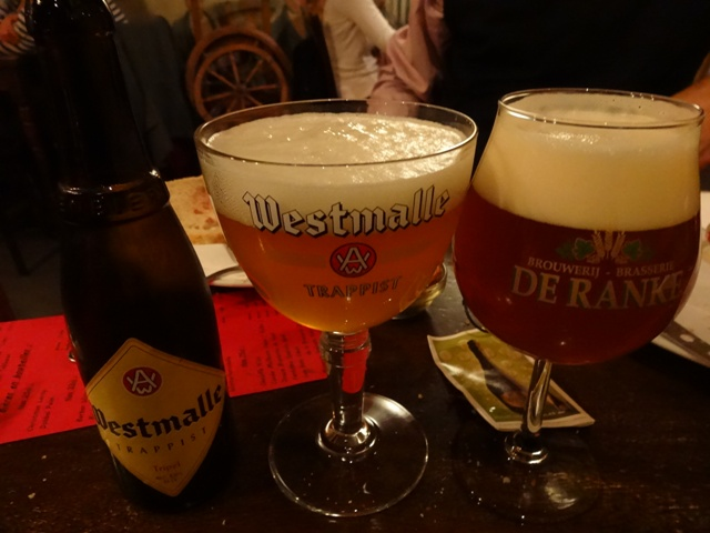 Bruxelas Chocolate e Cervejas - Cervejaria Poechenellekelder 3