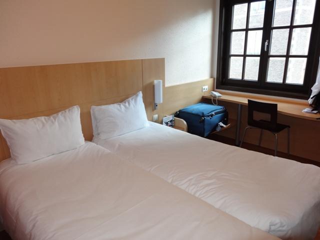 Bruxelas - Hotel Ibis Grand Place - Quarto 1