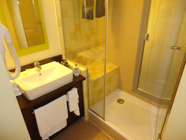 Nice - All Seasons Hotel banheiro