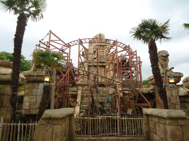 Disneyland Paris - Indiana Jones and the Temple of Peril 1