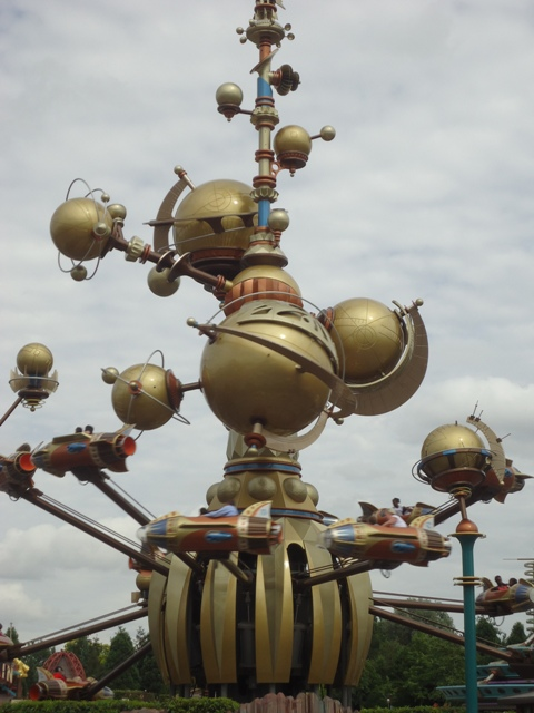 Disneyland Paris - Orbitron