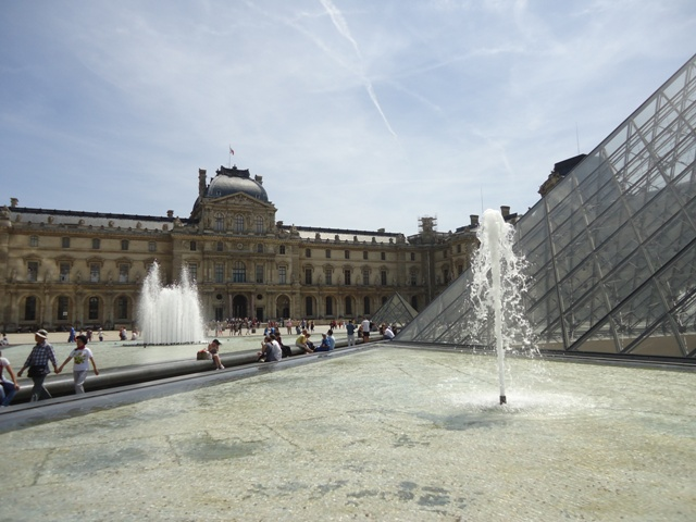 Paris - Museu do Louvre 1