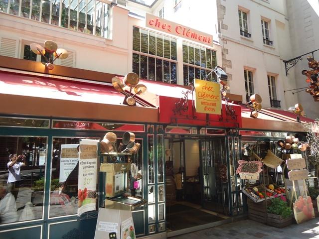 Paris - Chez Clement 1