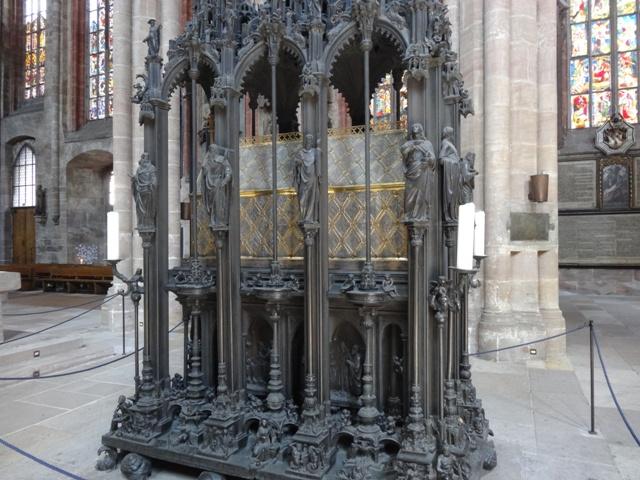 Nuremberg St. Sebald Kirsche