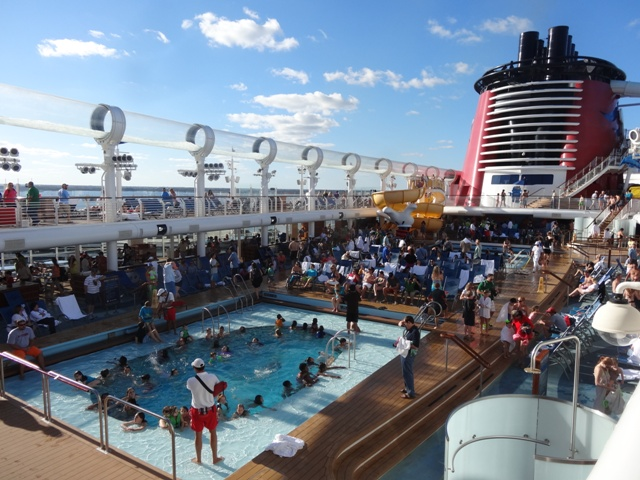 Disney Cruise Piscina