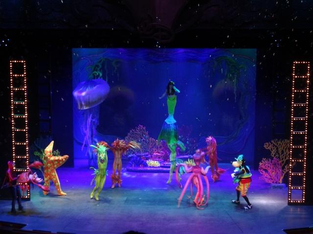 Disney cruise show