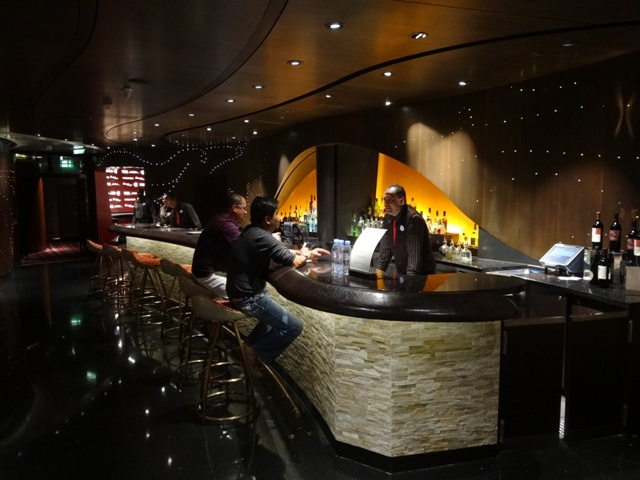Disney cruise bar