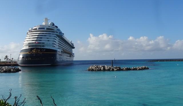 Disney_cruise_castway_cay_navio